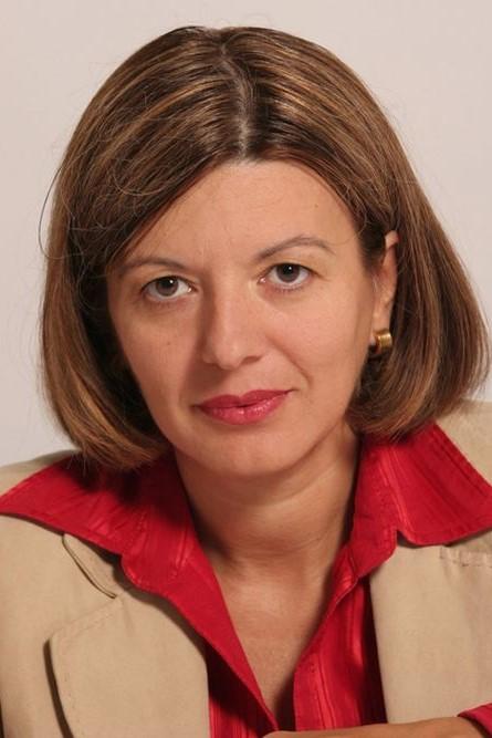 Isabel Bartal_h.jpg